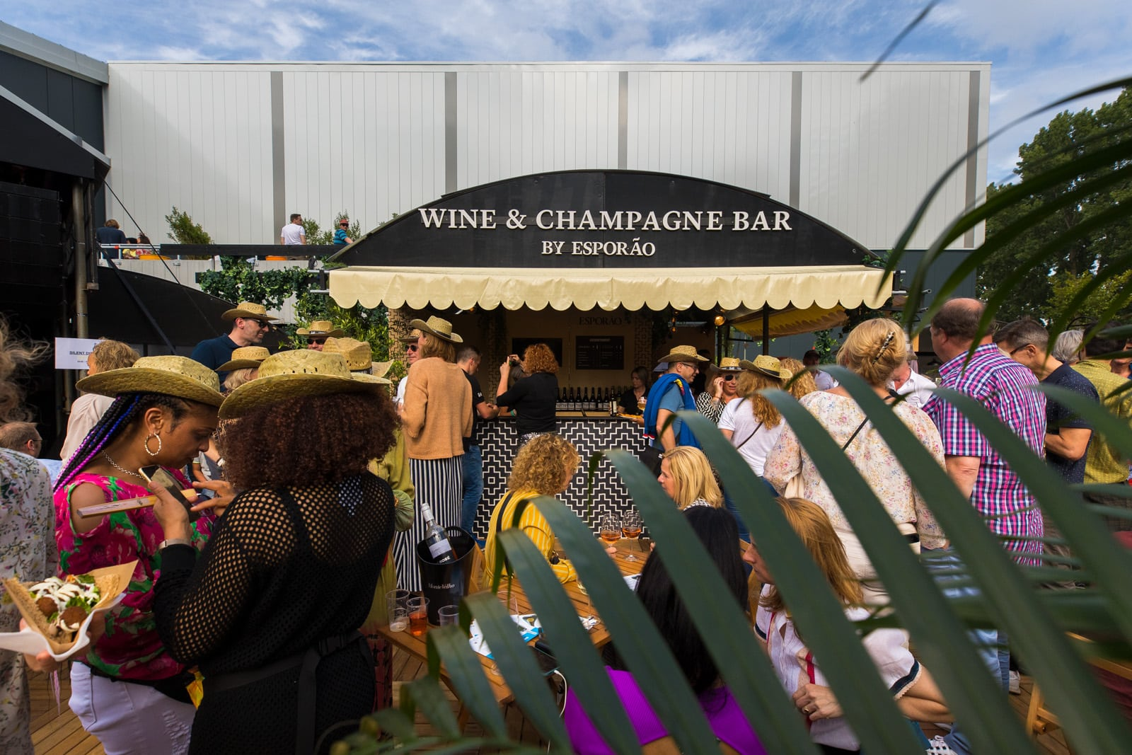 Wine & Champagne bar