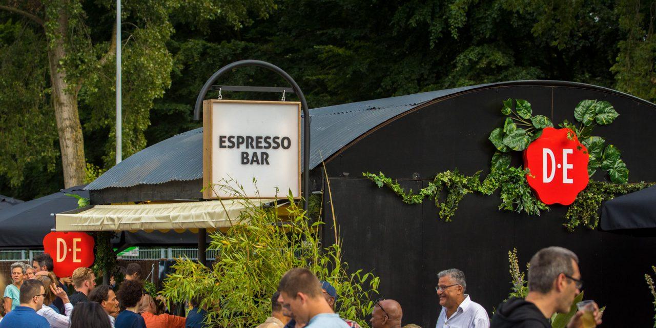DE espresso bar - Straight kid